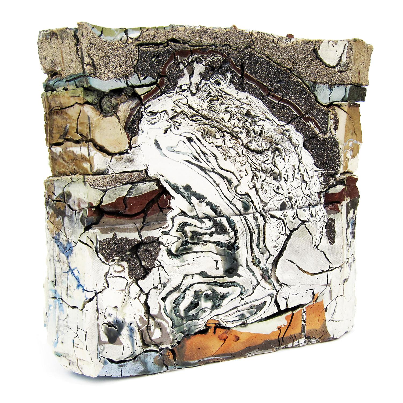 "<em>Landfill No.21: Central Cross Section</em> <span style=""color:#CC0000;font-size:1.5em;"">&bull;</span>"