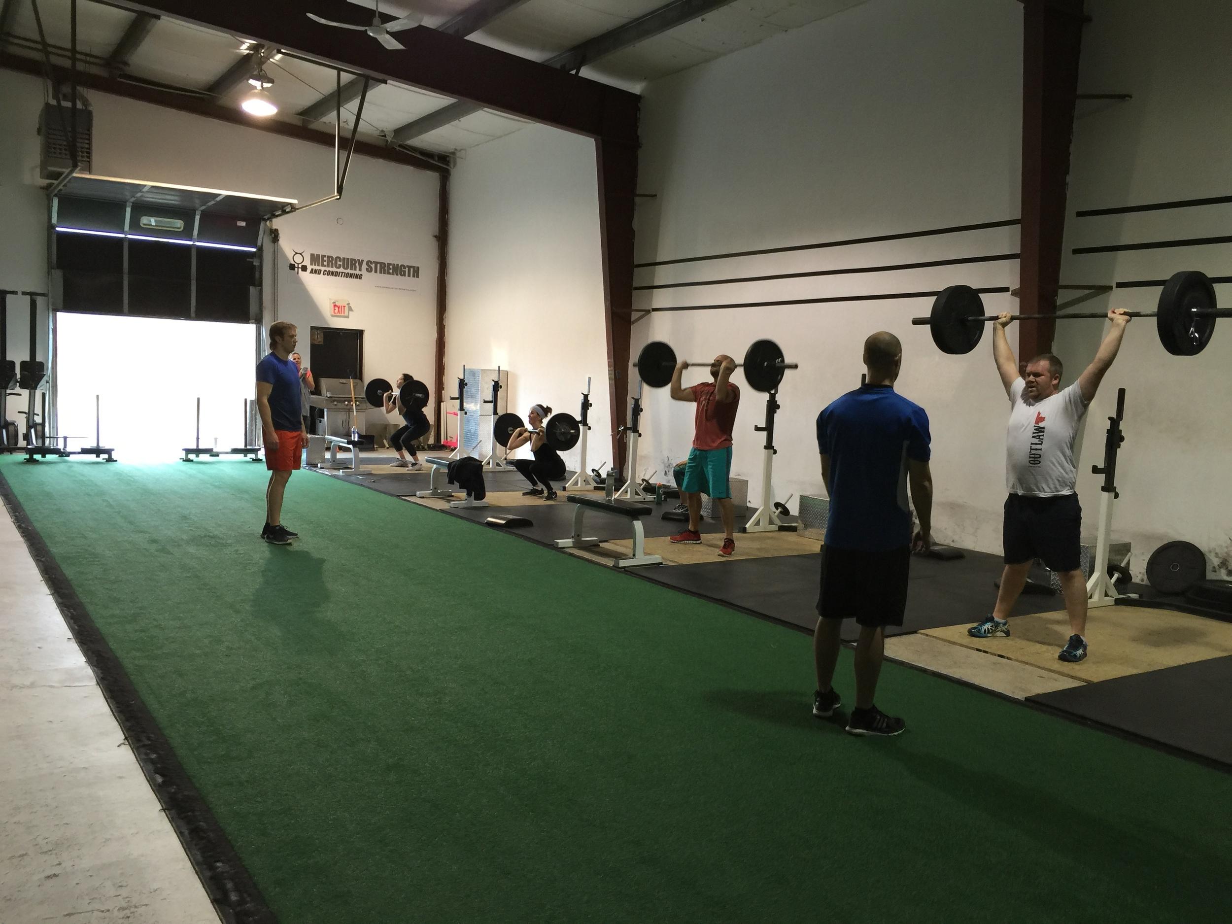 gym-fitness-training-bootcamp-kingston-thruster