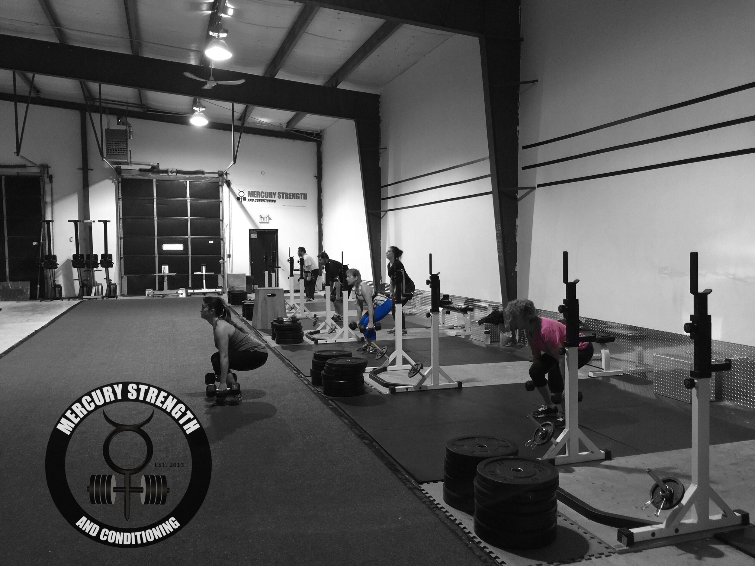 The 06:30 crew playing around with some dumbbells in yesterday's workout