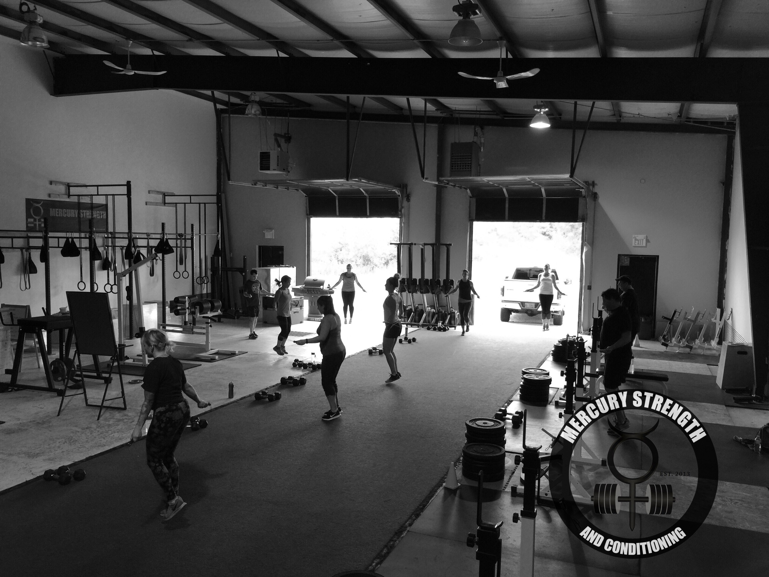 A packed 16:45 session with some skipping/double unders.