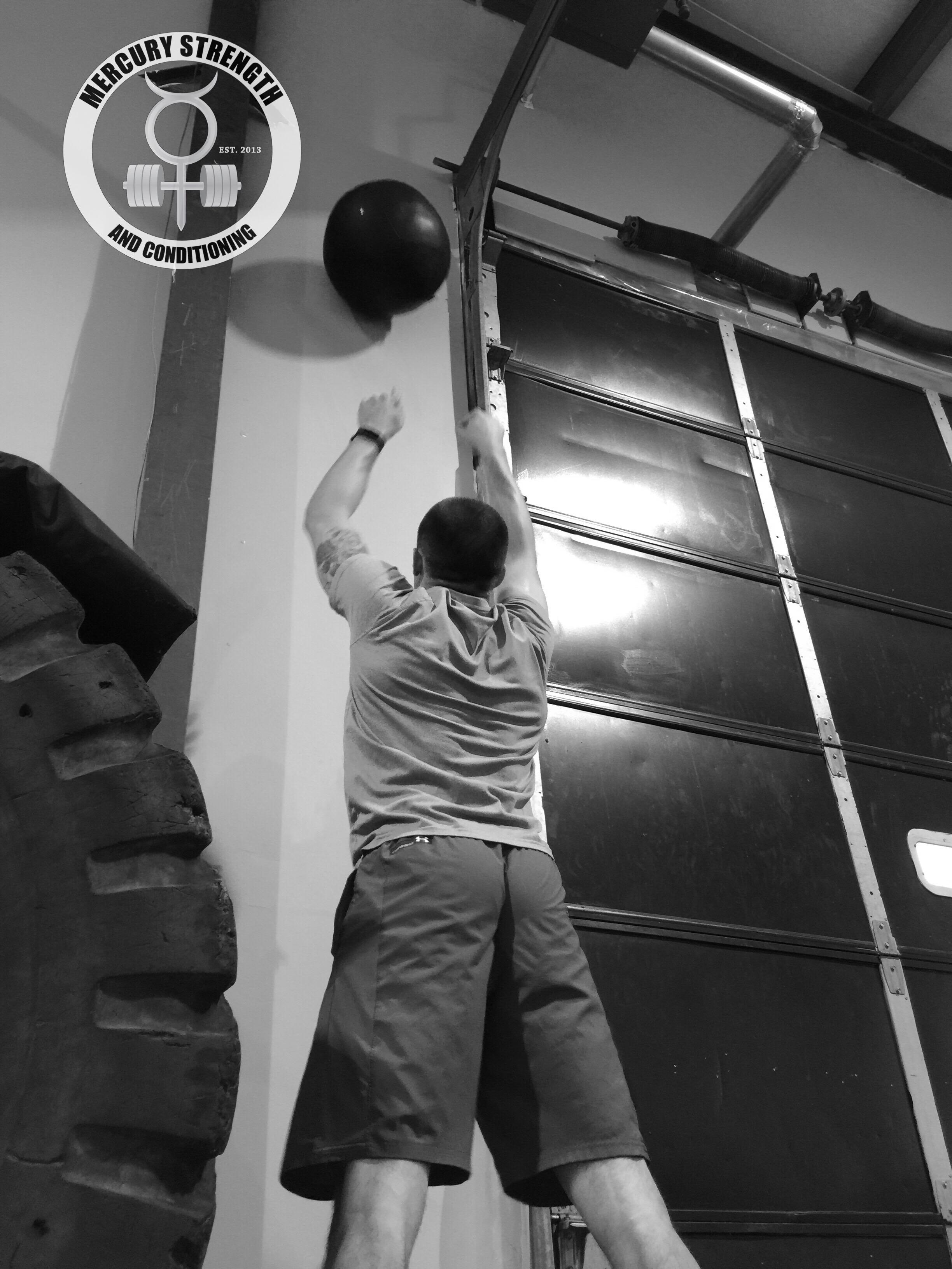 Jordan crushing out some wall balls