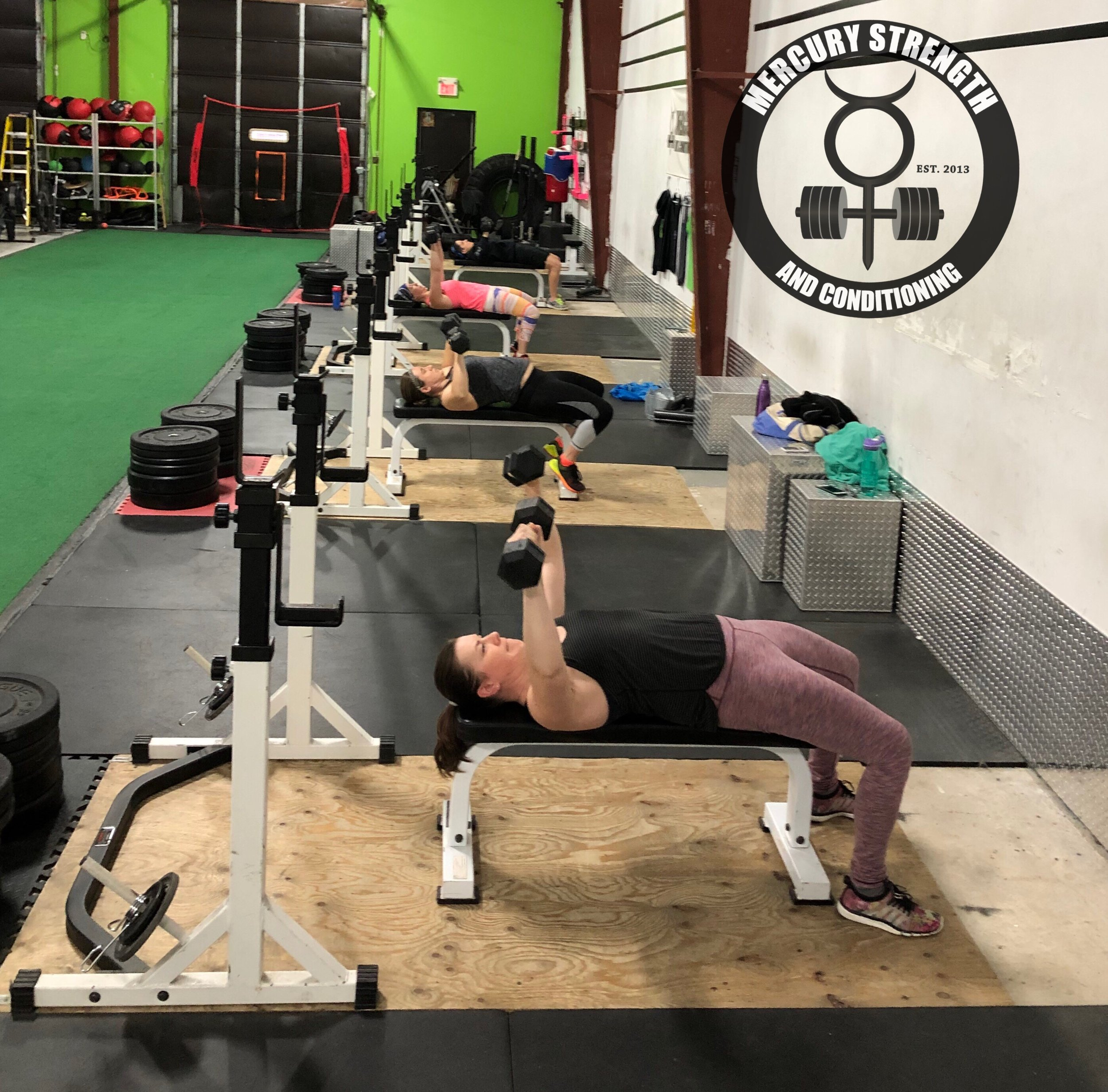 Gym-powerlifting-fitness-personal training-training-bootcamp-crossfit-kingston-kingston gym-kids-mercury-strength-conditioning-athlete-dumbbell-bench press