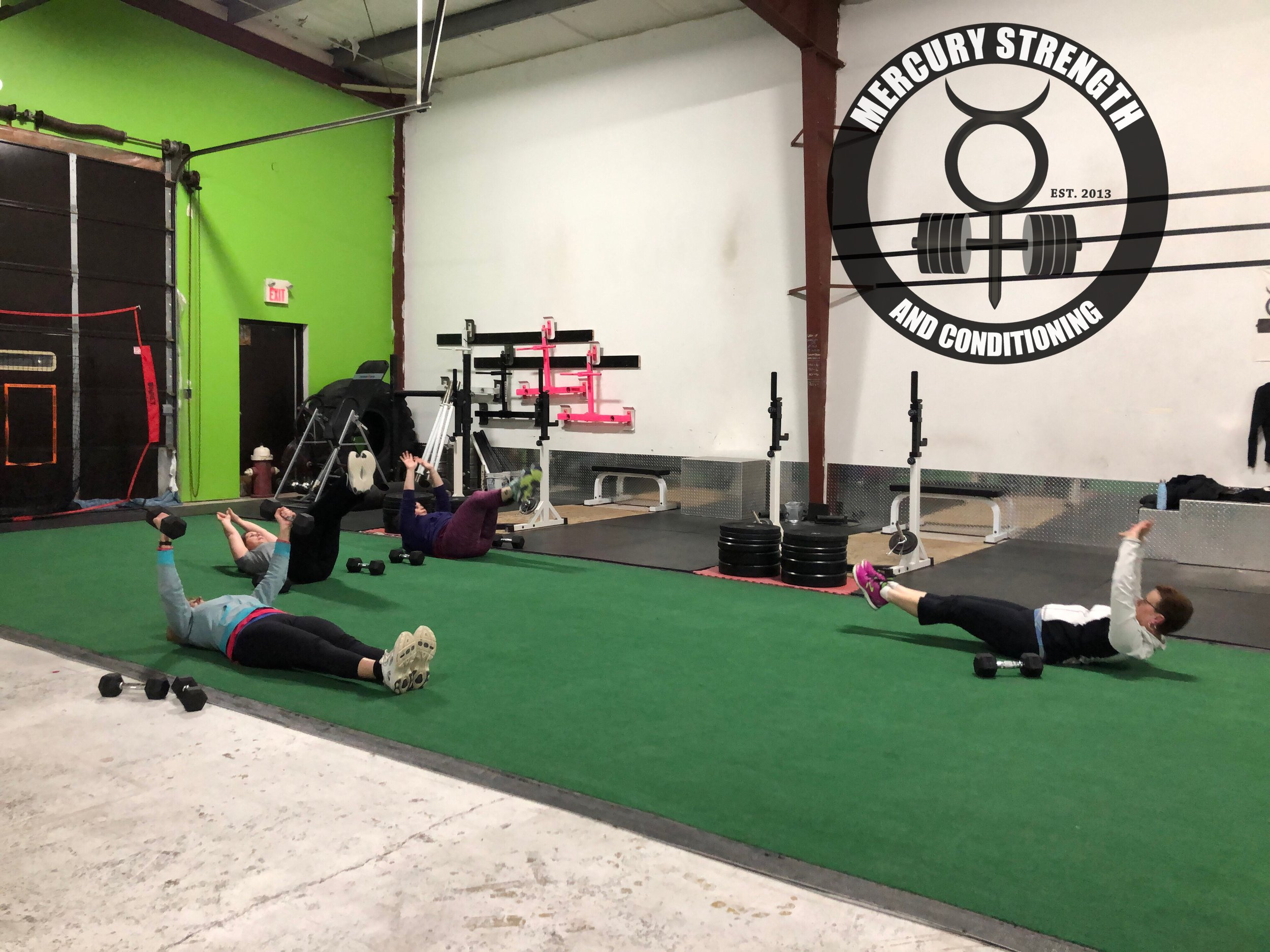 Gym-powerlifting-Olympic lifting-fitness-personal training-training-bootcamp-crossfit-kingston-kingston gym-kids-mercury-strength-conditioning-athlete-hollow rock-dumbbell floor press