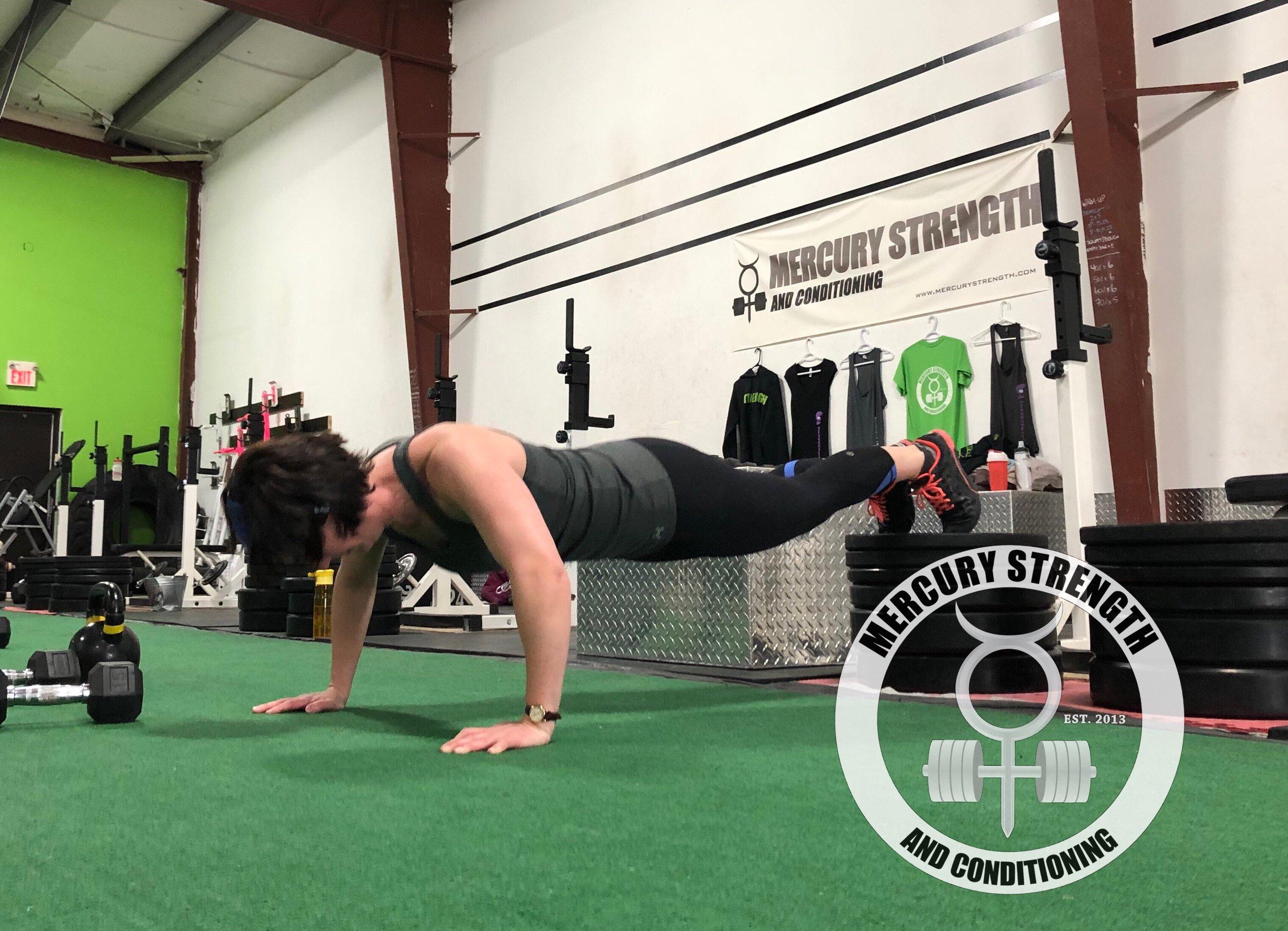 Gym-powerlifting-fitness-personal training-training-bootcamp-crossfit-kingston-kingston gym-kids-mercury-strength-conditioning-athlete-push up