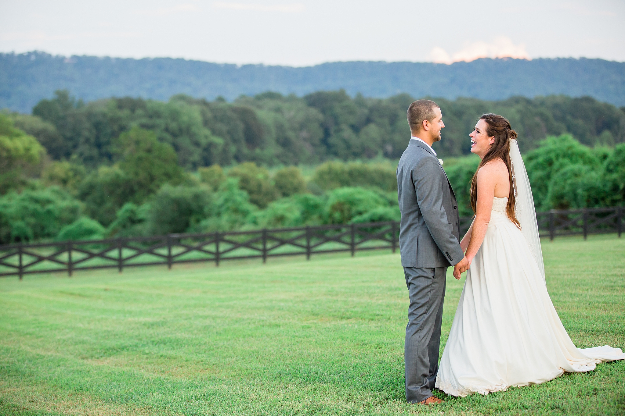 Tennessee Wedding Photographer-53.jpg