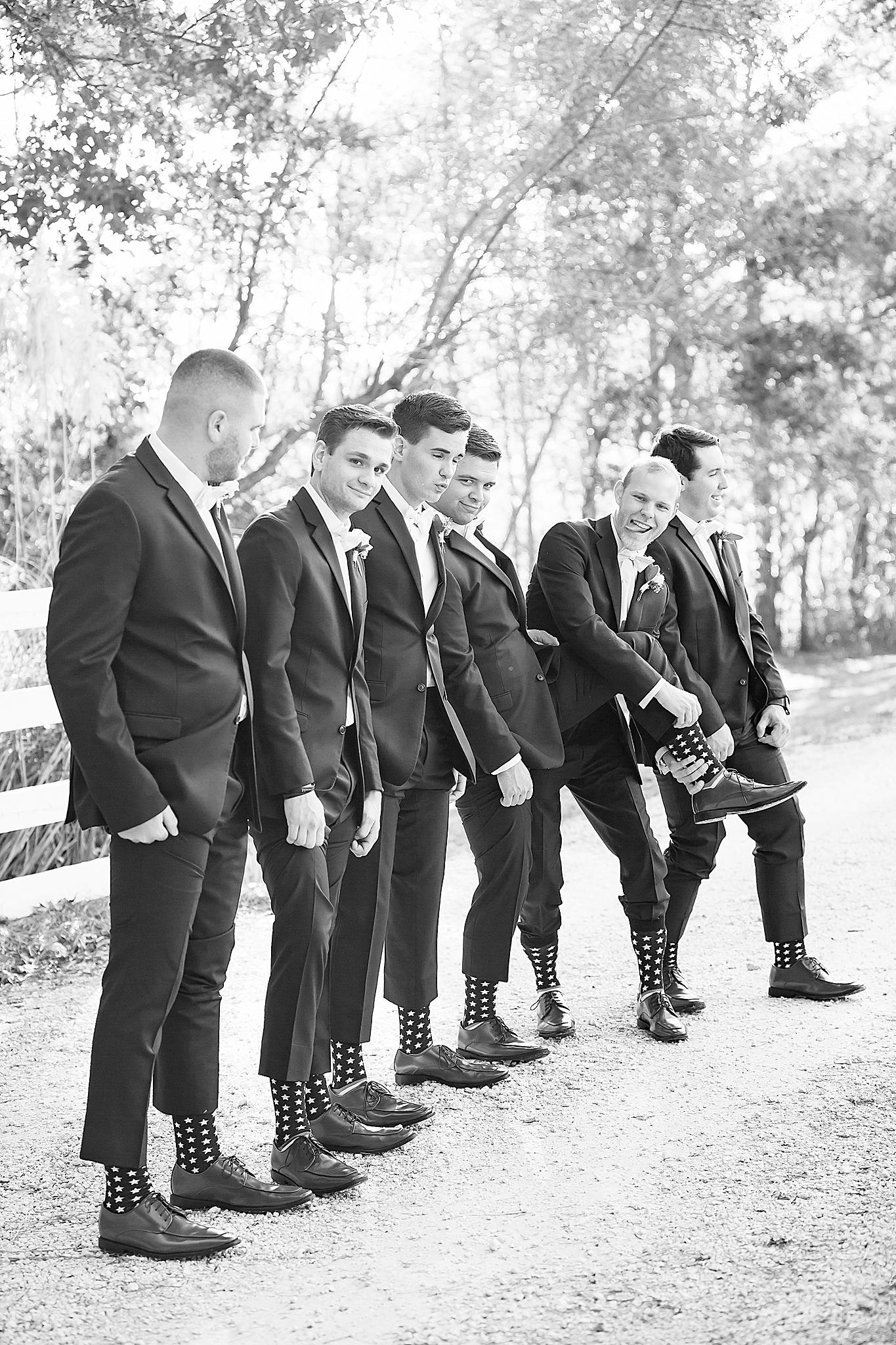 Savannah Wedding Photographer-64BW.jpg