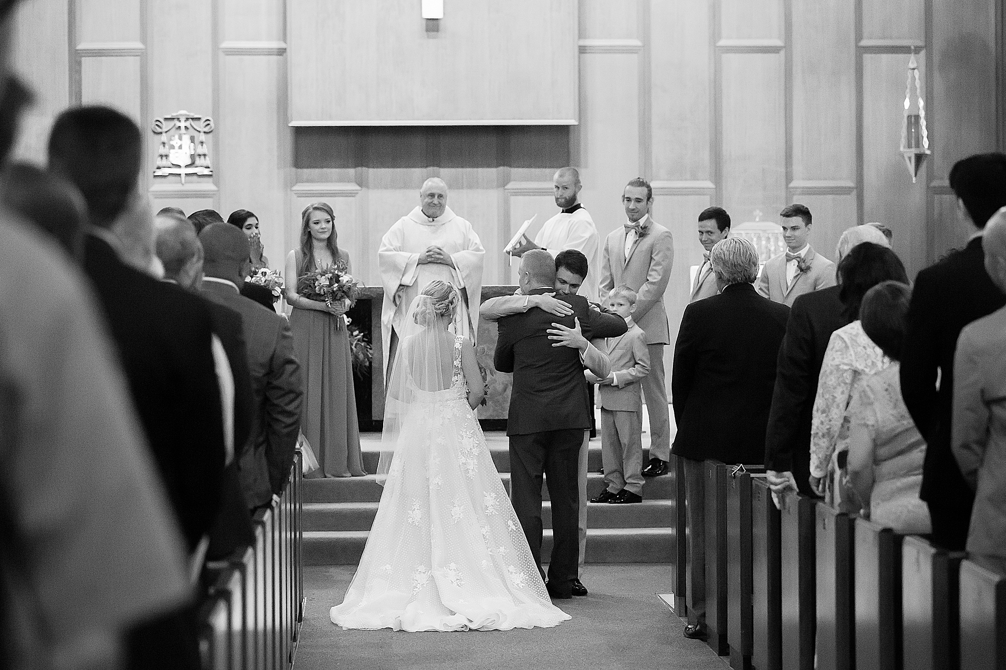 St.Thomas_More_wedding_pictures.jpg