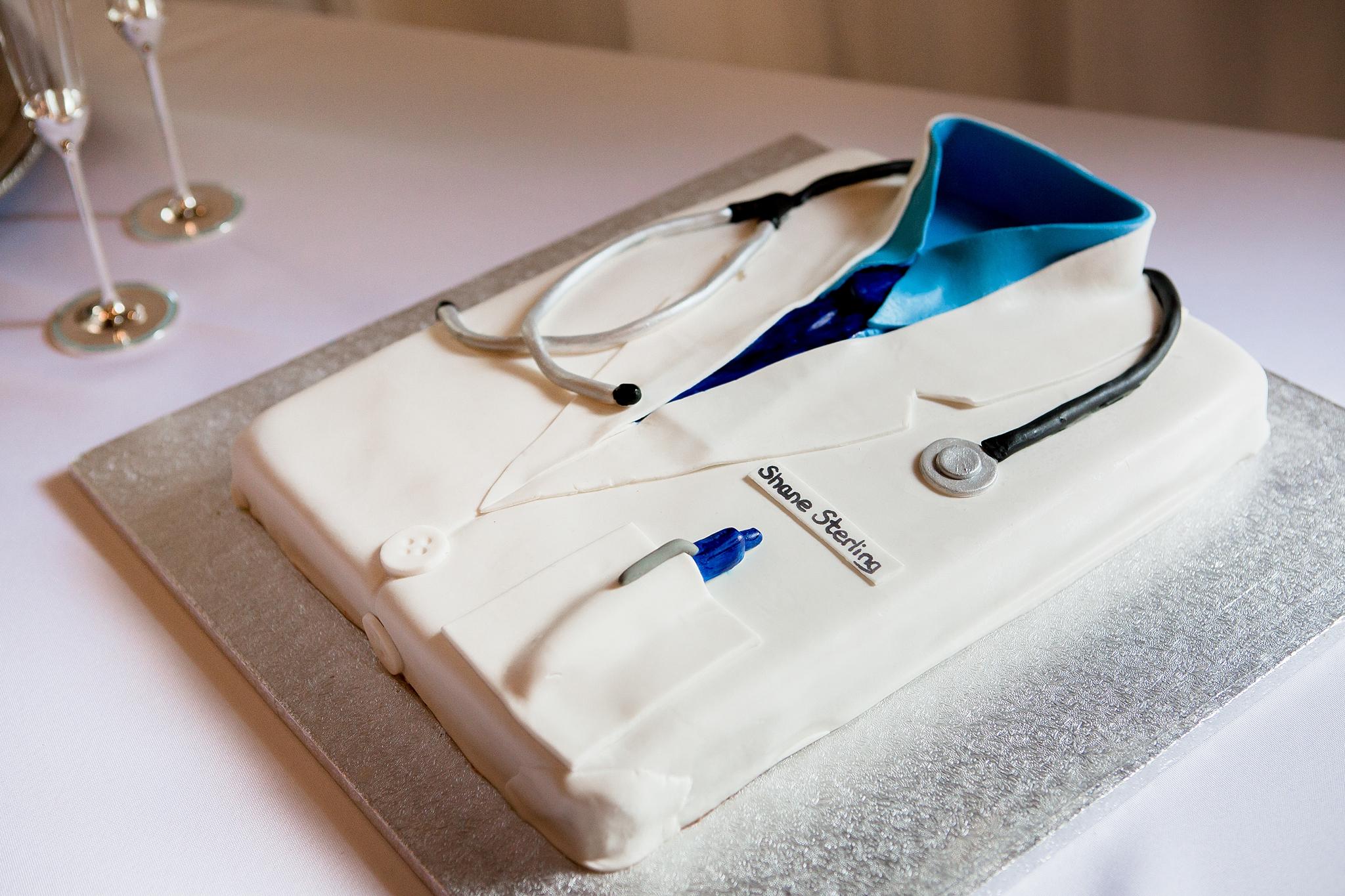 Doctors_groom_cake.jpg