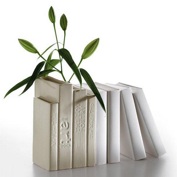 The classic Biblio_tek vase from Seletti
