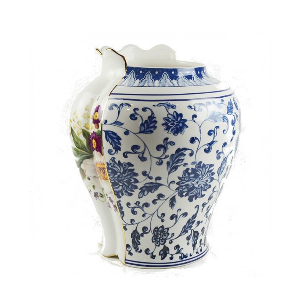Hybrid Melania Vase in porcelain