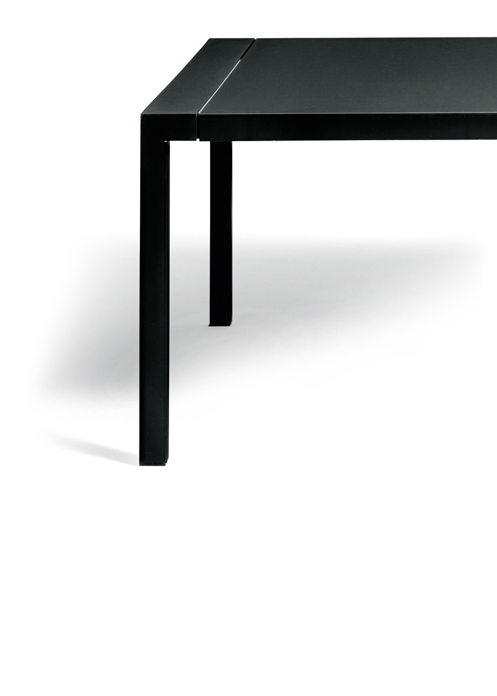 20171122-9788-depadova-tavoli-3millimetri-intro2.jpg