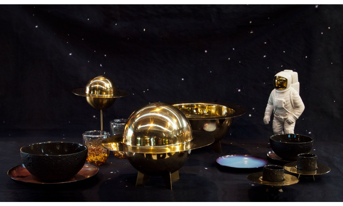 diesel-living-with-seletti-cosmic-diner-brass-collection_2_2.jpg