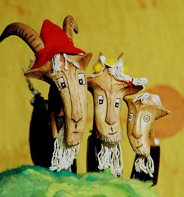 Slightly scary puppets but the kids LOVED the @garlic_theatre production of Three Billy Goats Gruff at @brightonfringe. There's loads going on in Brighton this month for kids - pop up theatre, sand pits, storytelling, outdoor food markets - check it out #brighton #brightonfringe #kids #theatre #maternityleavelife #goats