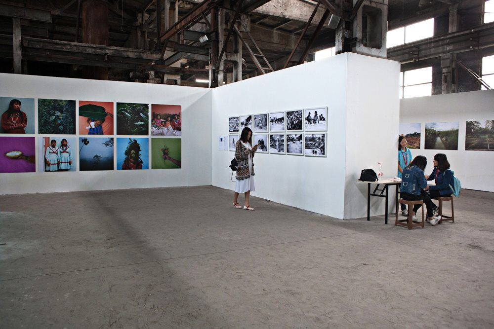 Pingyao International Photography festival.  Foto Féminas' exhibition featuring the work of twelve photographers. Pingyao, China. 2016