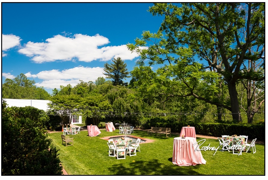 060__5-3-17-Woodlawn-and-Frank-Lloyd-Wrights-Pope-Leighey-house-weddings-rodney-bailey-photography-Alexandria-Virginia.jpg