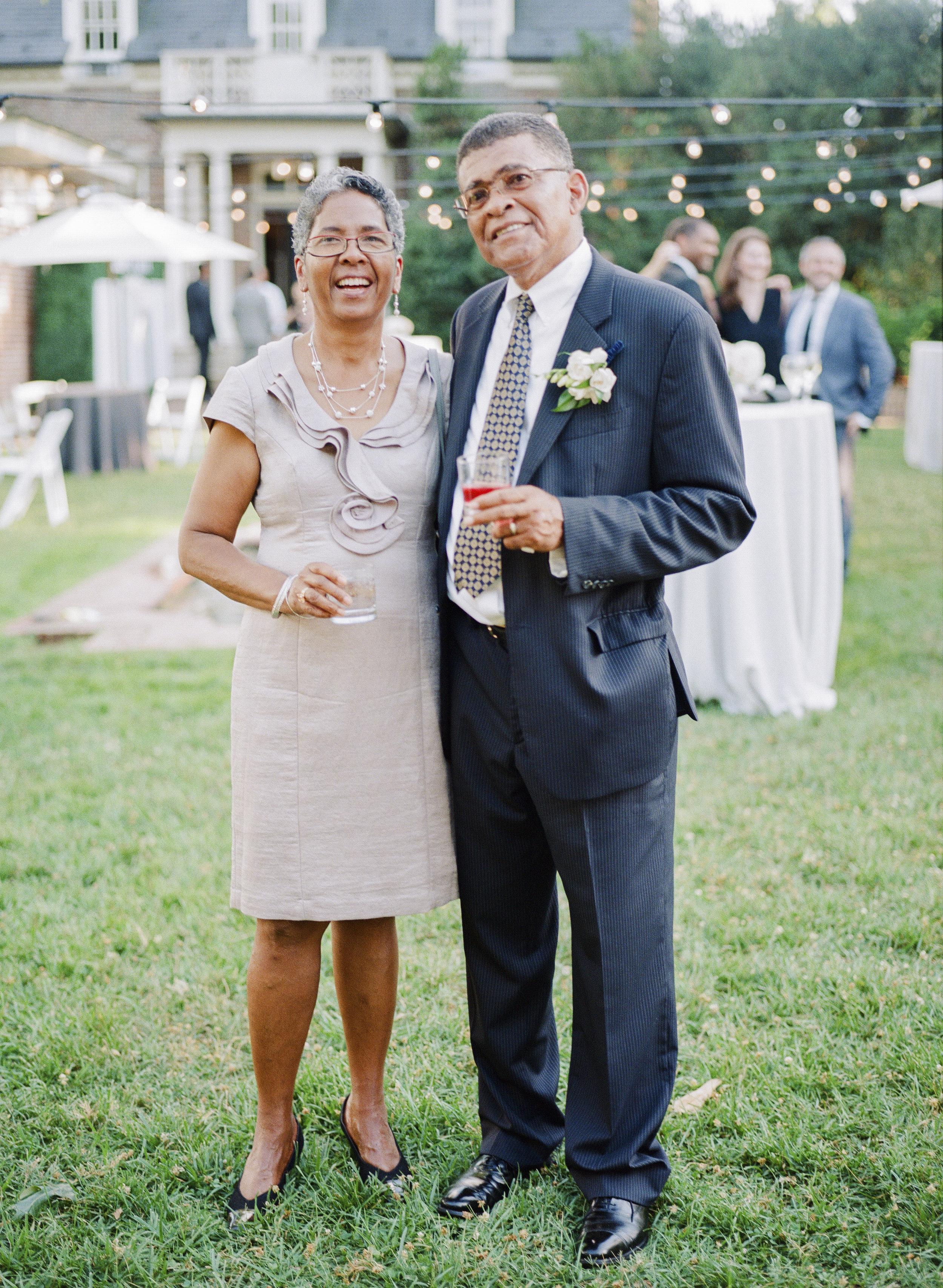 34_WoodlawnVAwedding-35.jpg