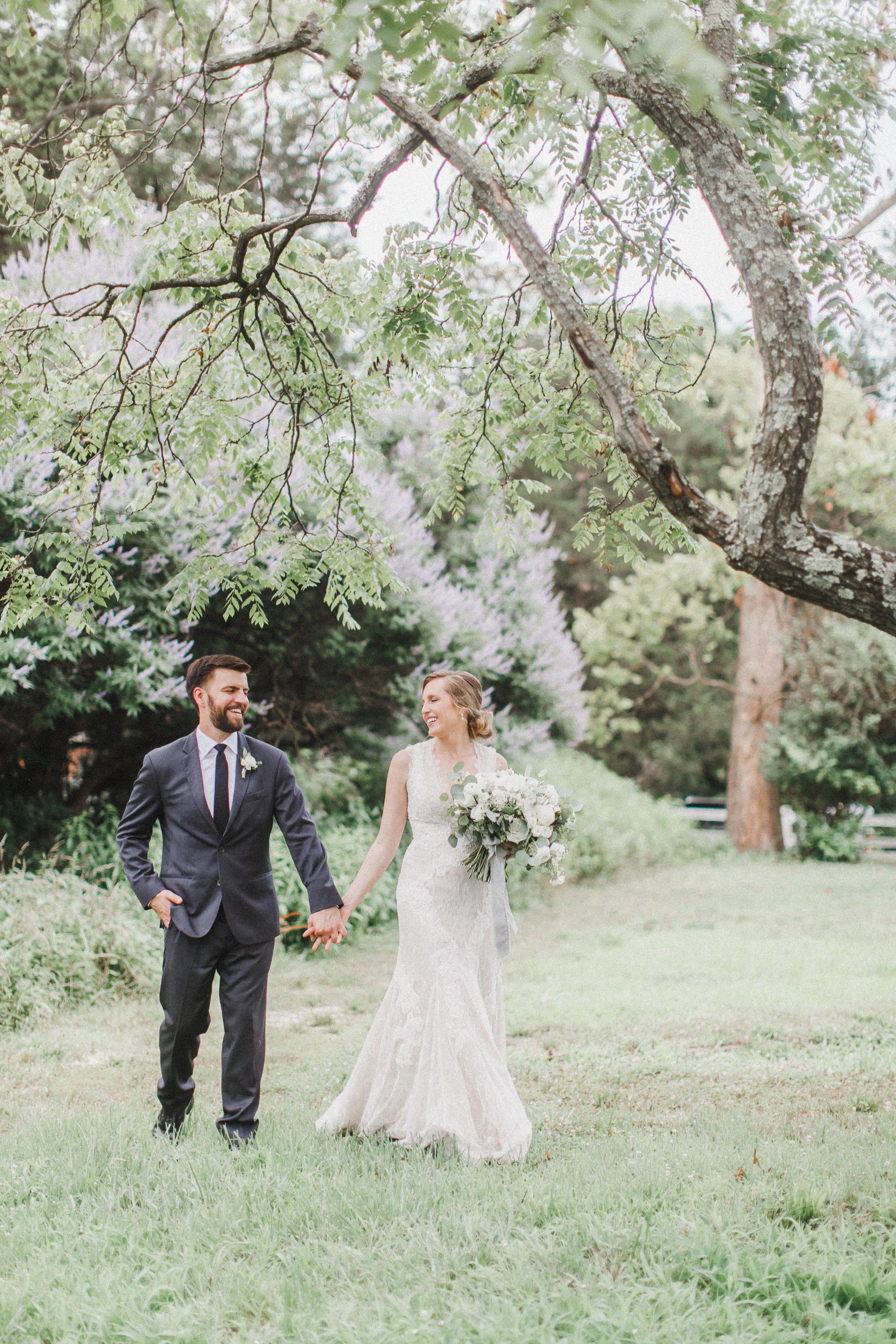 Bride and Groom-0147.jpg