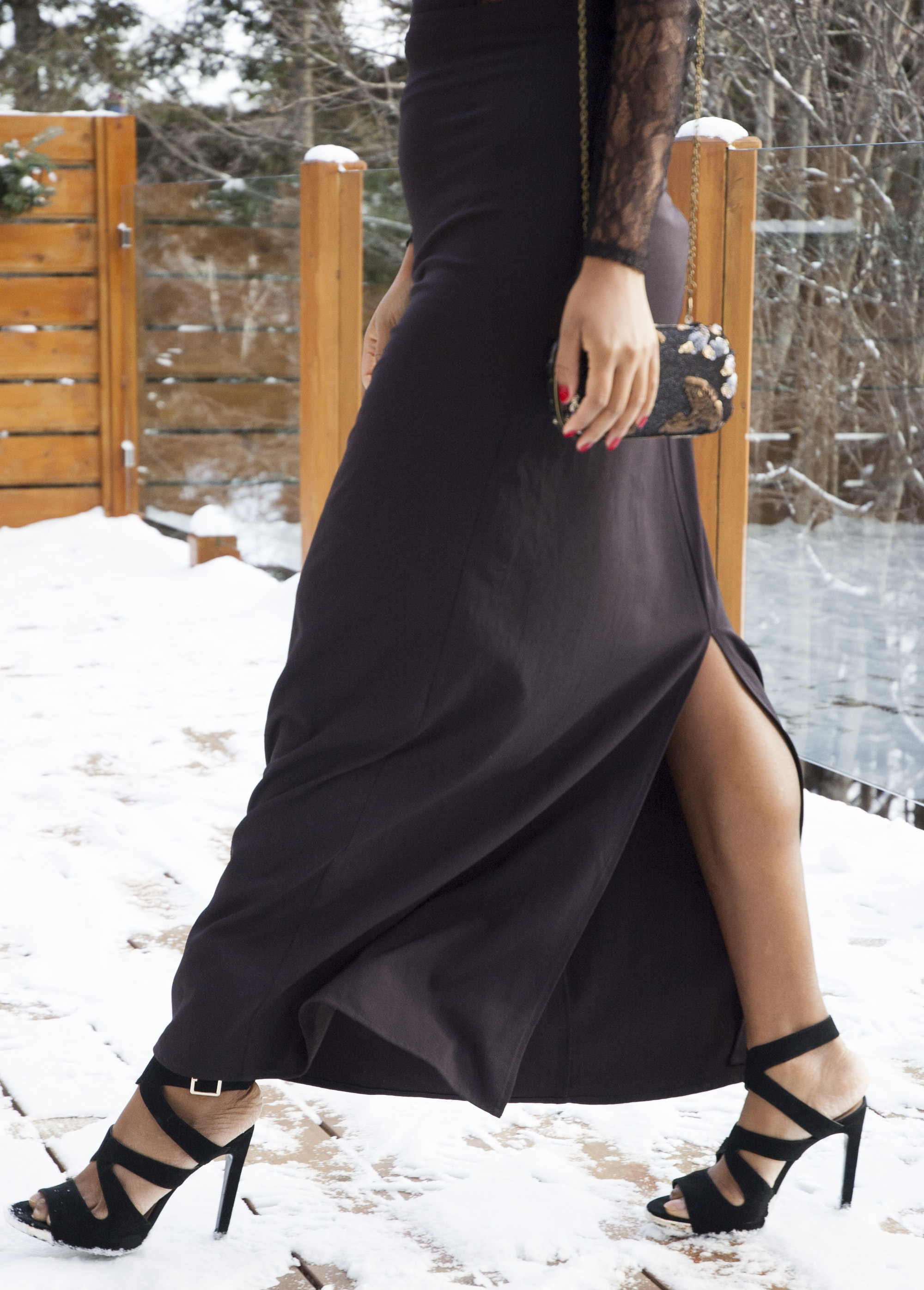 black-dress-slit