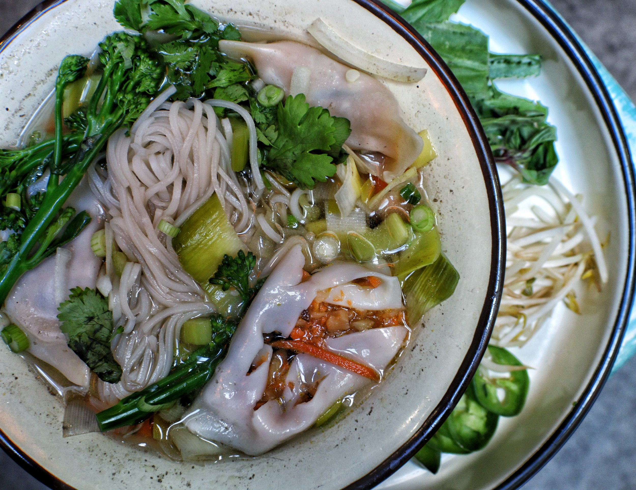 PHO NOODLE SOUP  Vegan Phô  Fresh vegetables, noodles, vegan broth