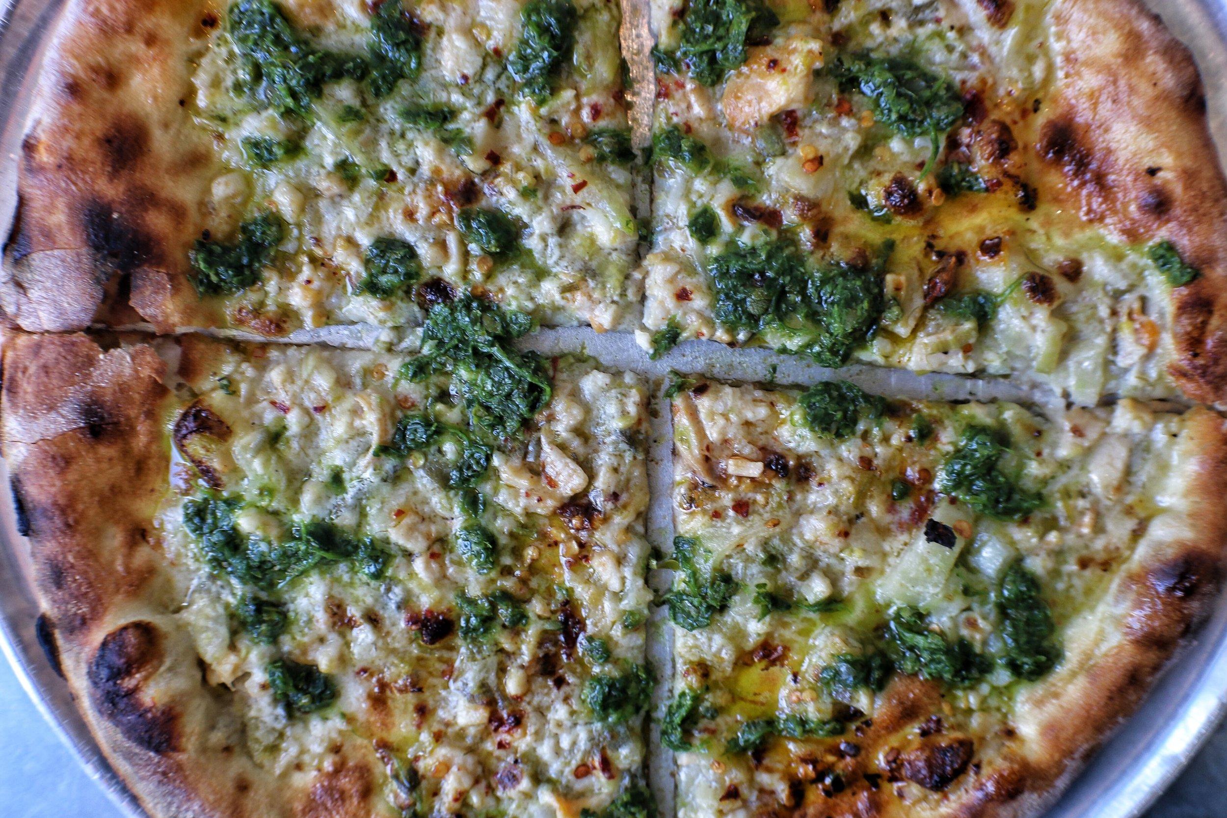 pizza-chopped clams, parsley, garlic, lemon, cream