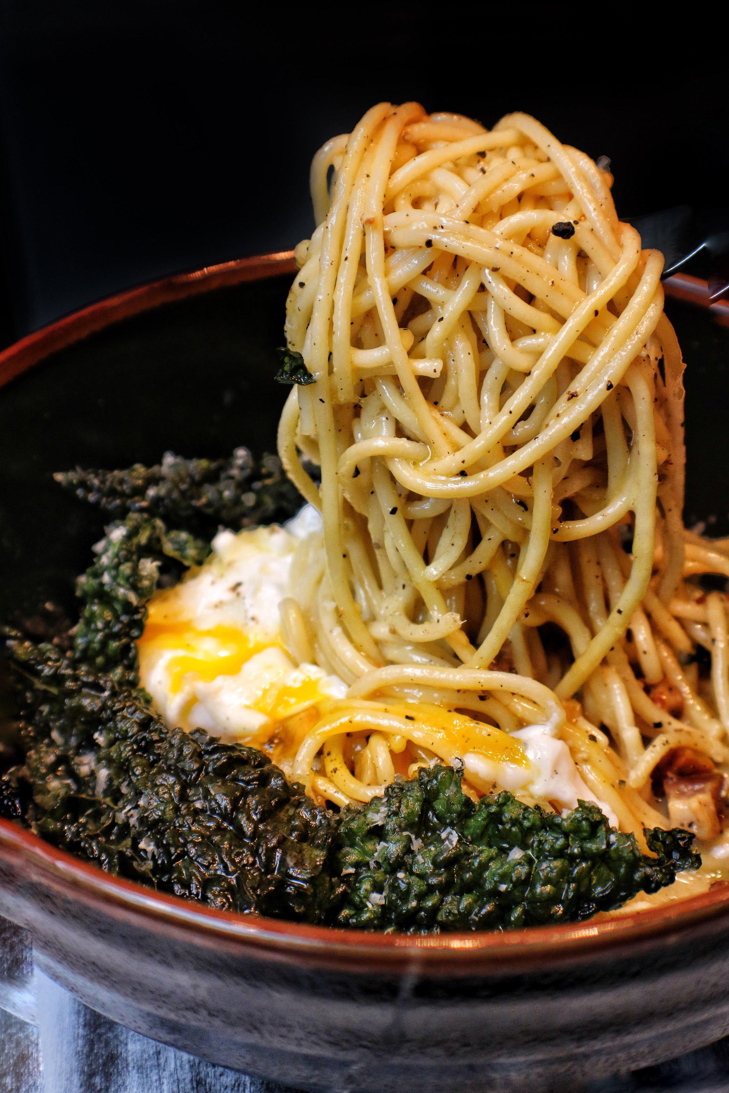 carbonara / pancetta, poached egg, crispy kale
