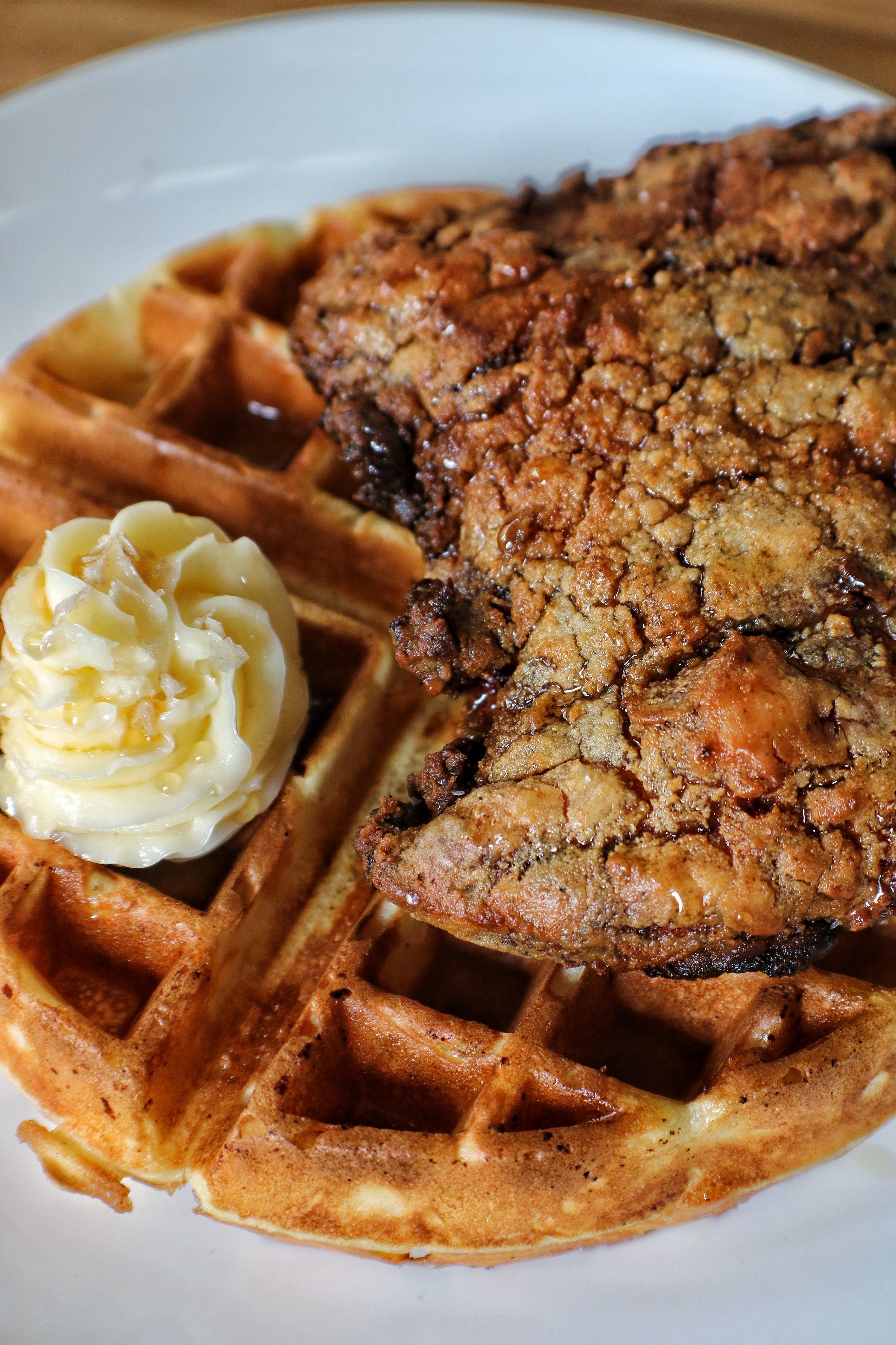 smoked fried chicken & waffle