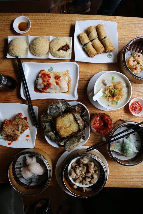 charcuterie-board-with-mignorelli-farm-snap-peas-and-ricotta-at-lafayette-restaurant-new-york-conde-nast-traveller-4sept14-annie-schlechter.jpg