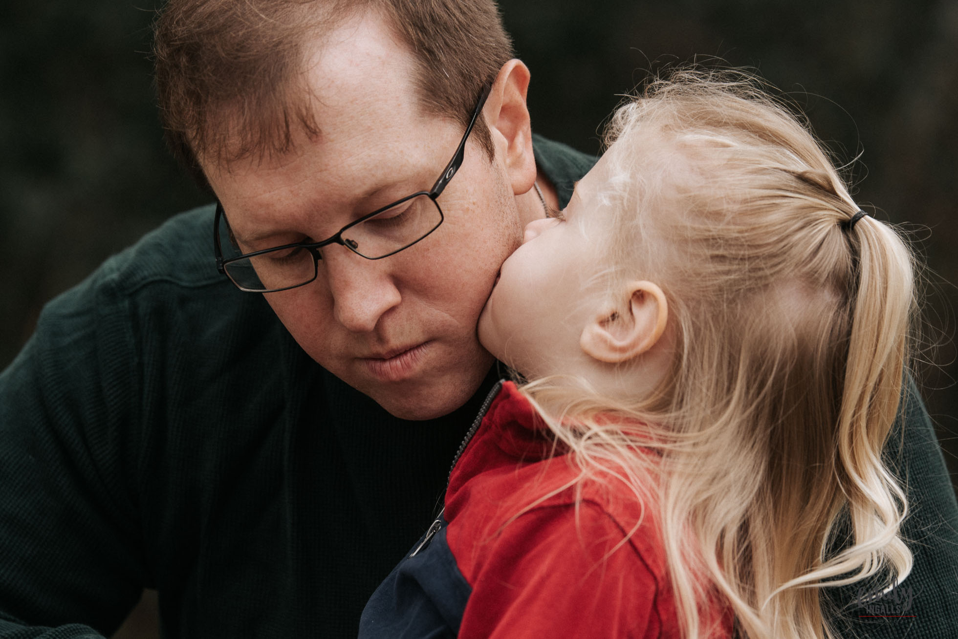 Daddy Daughter Kisses.jpg