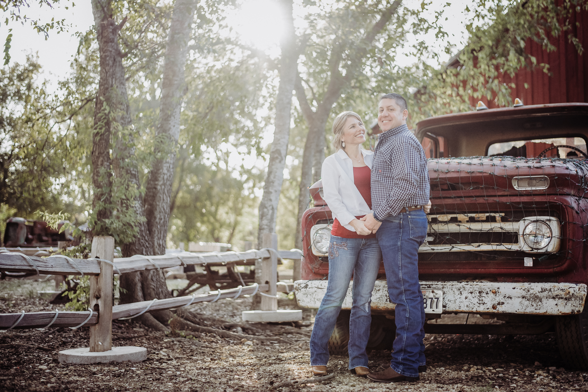 Engagement Photography_Round Rock Texas _Austin Texas_Pflugerville Texas_Emily Ingalls Photography.jpg