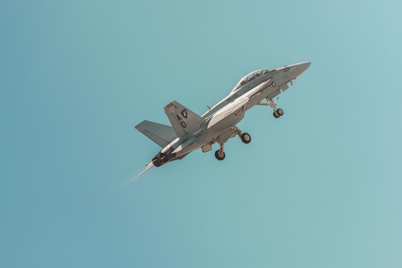 f18-liftoff.jpg