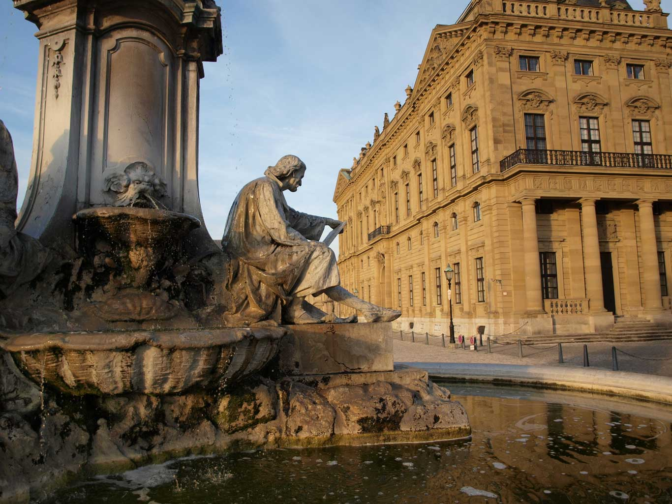 The Frankonia fountain in front of the  Würzburger Residenz