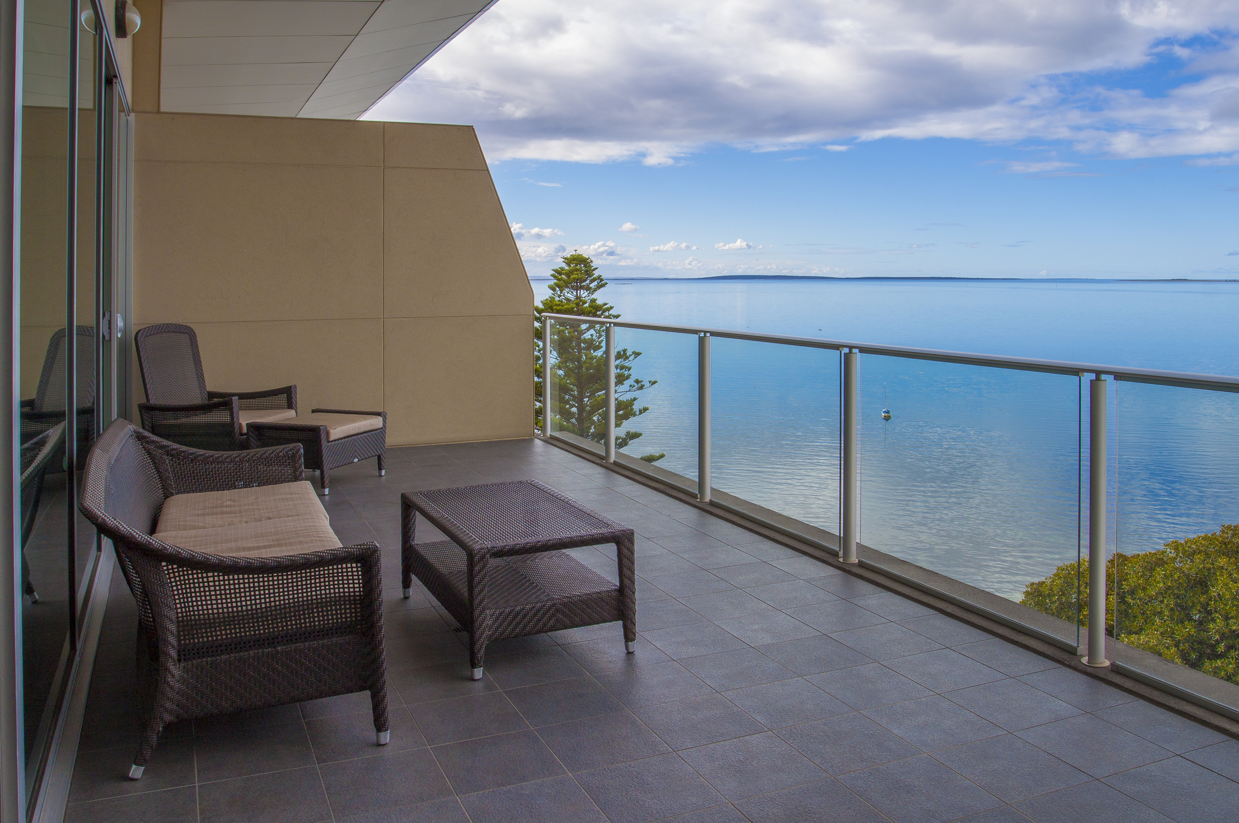 Luxury suite view from the Port Lincoln Hotel- Photograph supplied by Port Lincoln Hotel.jpg