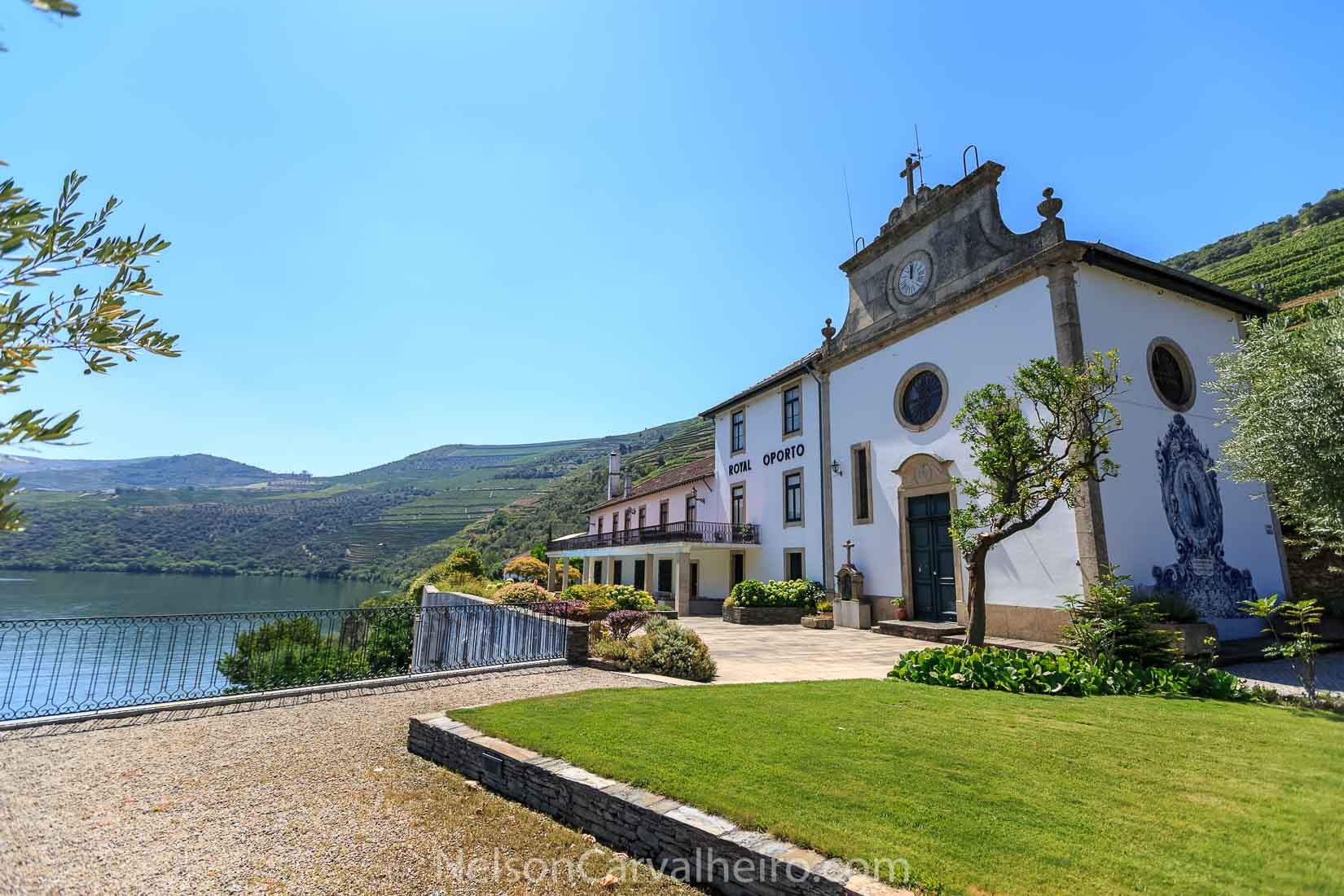 Douro Quinta das Carvalhas | Photo by: Nelson Carvalheiro