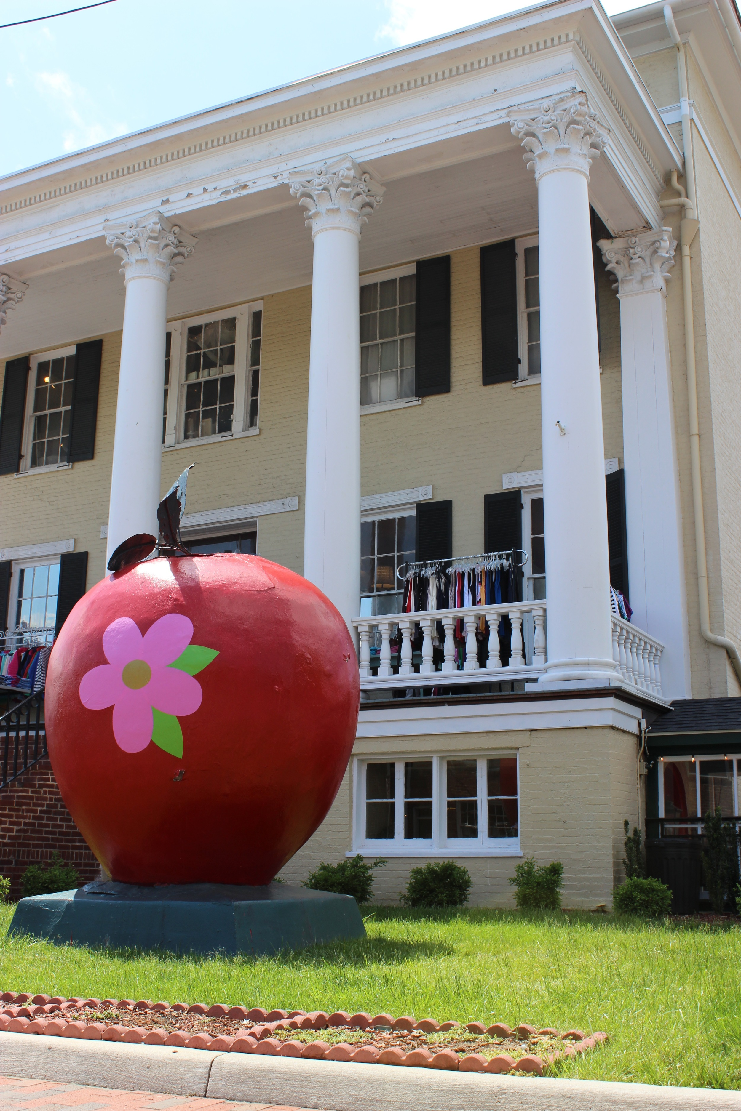 "One of 20 ""artistic"" apples that decorate the city."