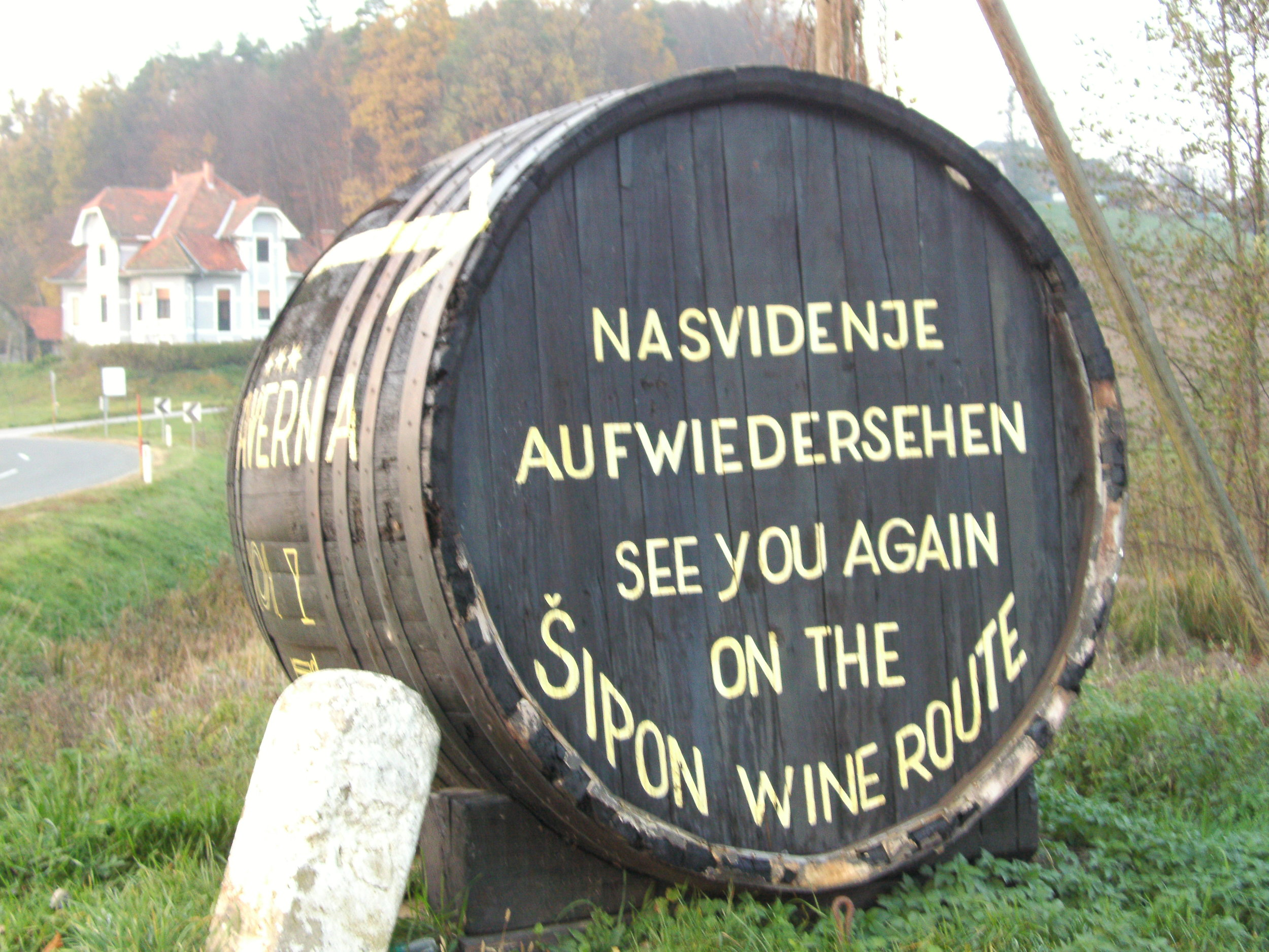The words on the barrel say 'See you again on the Šipon Wine Route.'