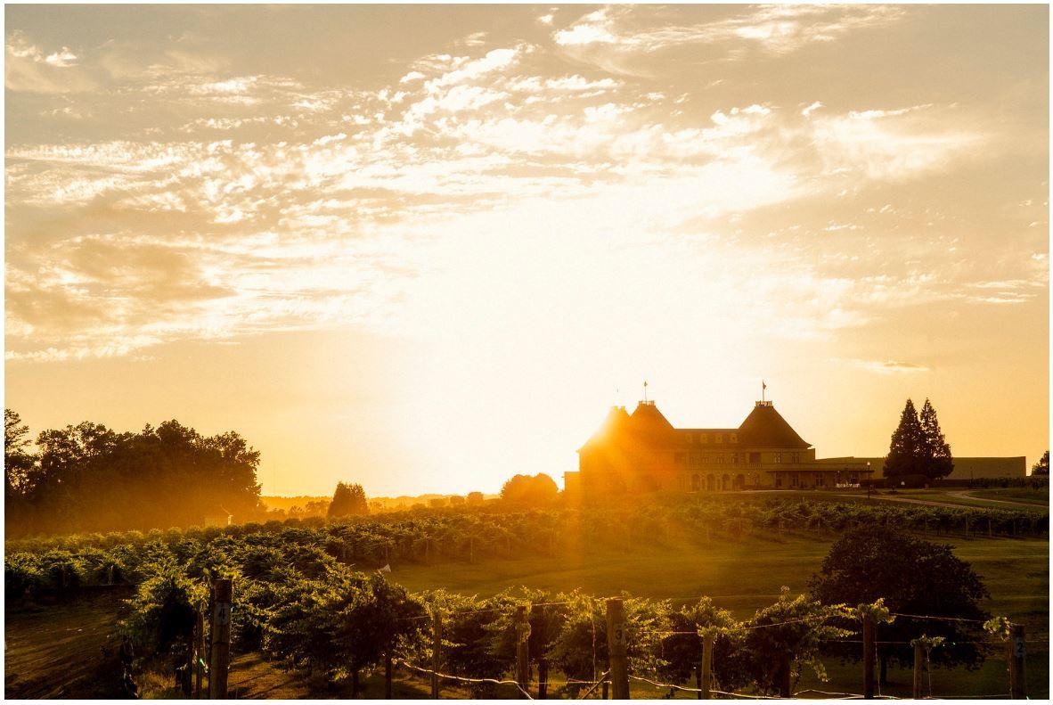 Château Élan's sunset (photo courtesy of   Château Élan)