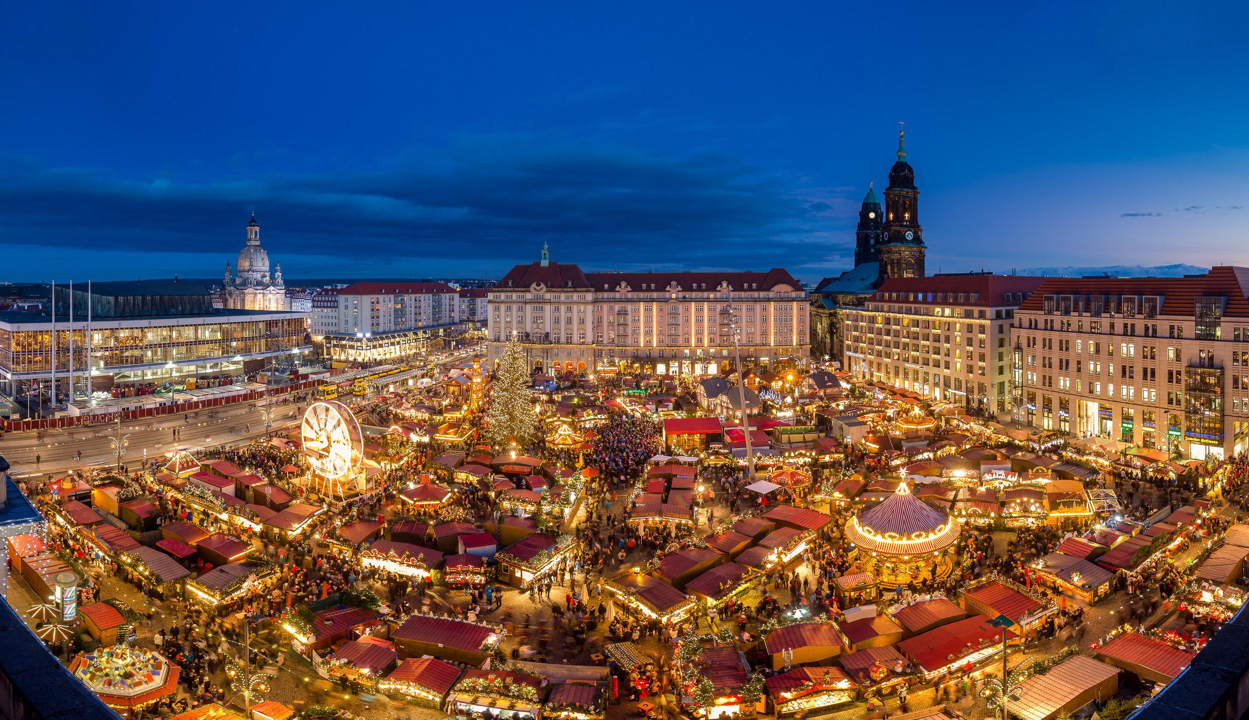 Dresdner Striezelmarkt phot credit Landeshauptstadt Dresden_Michael Schmidt.jpg