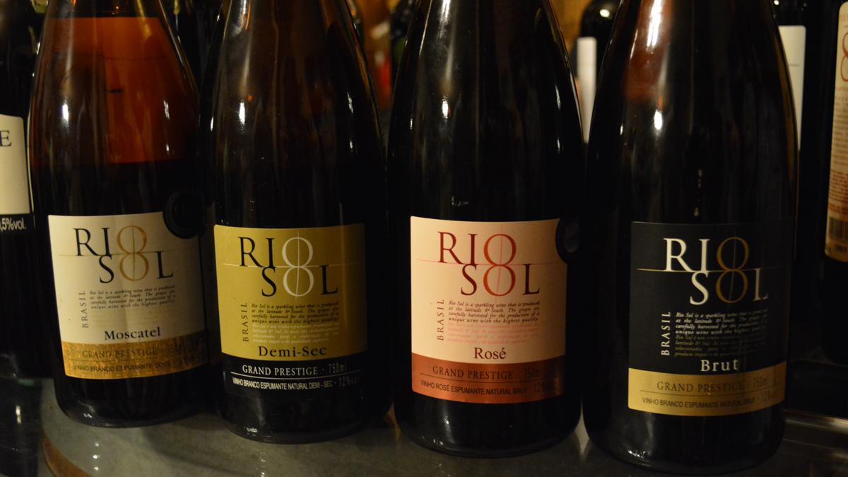 Rio Sol's sparkling wine labels