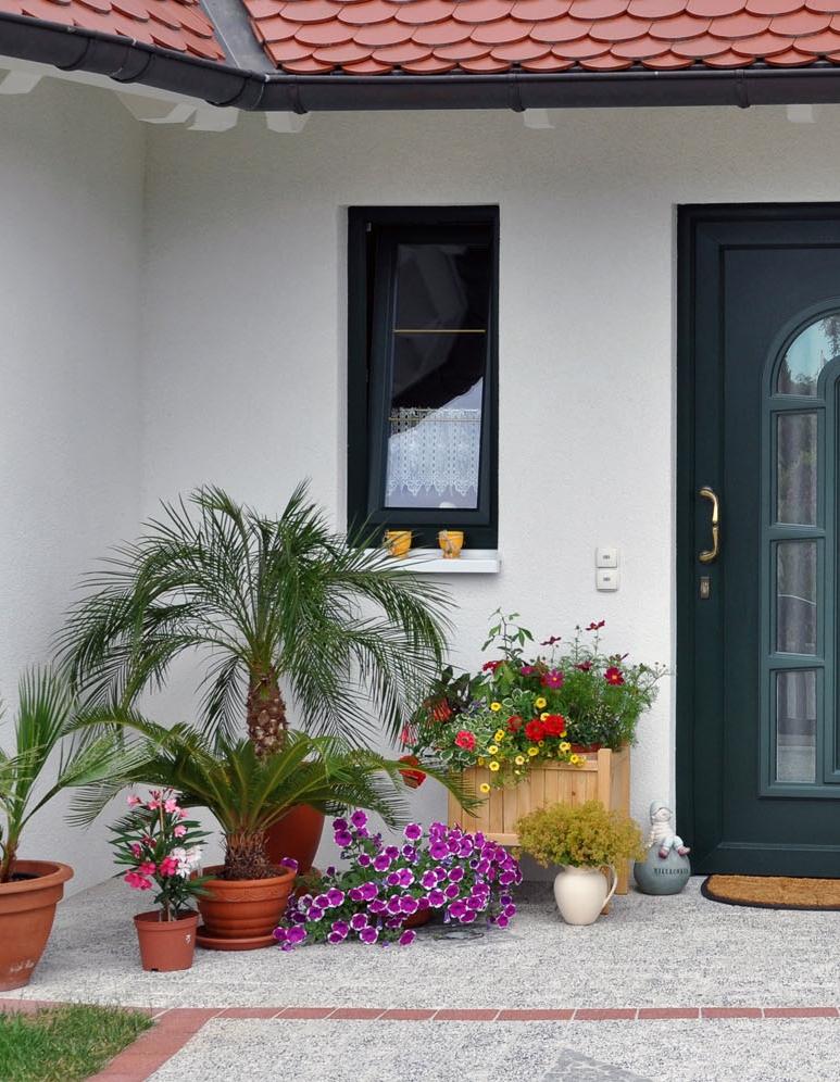 home-exterior-inspiring-decor-florida-designer-spectacular-spaces-24499193-1500px.jpg