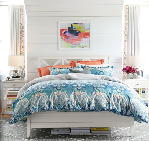 Create a space to end your day with comfortable linens and fresh colors. Photo: Pottery Barn.