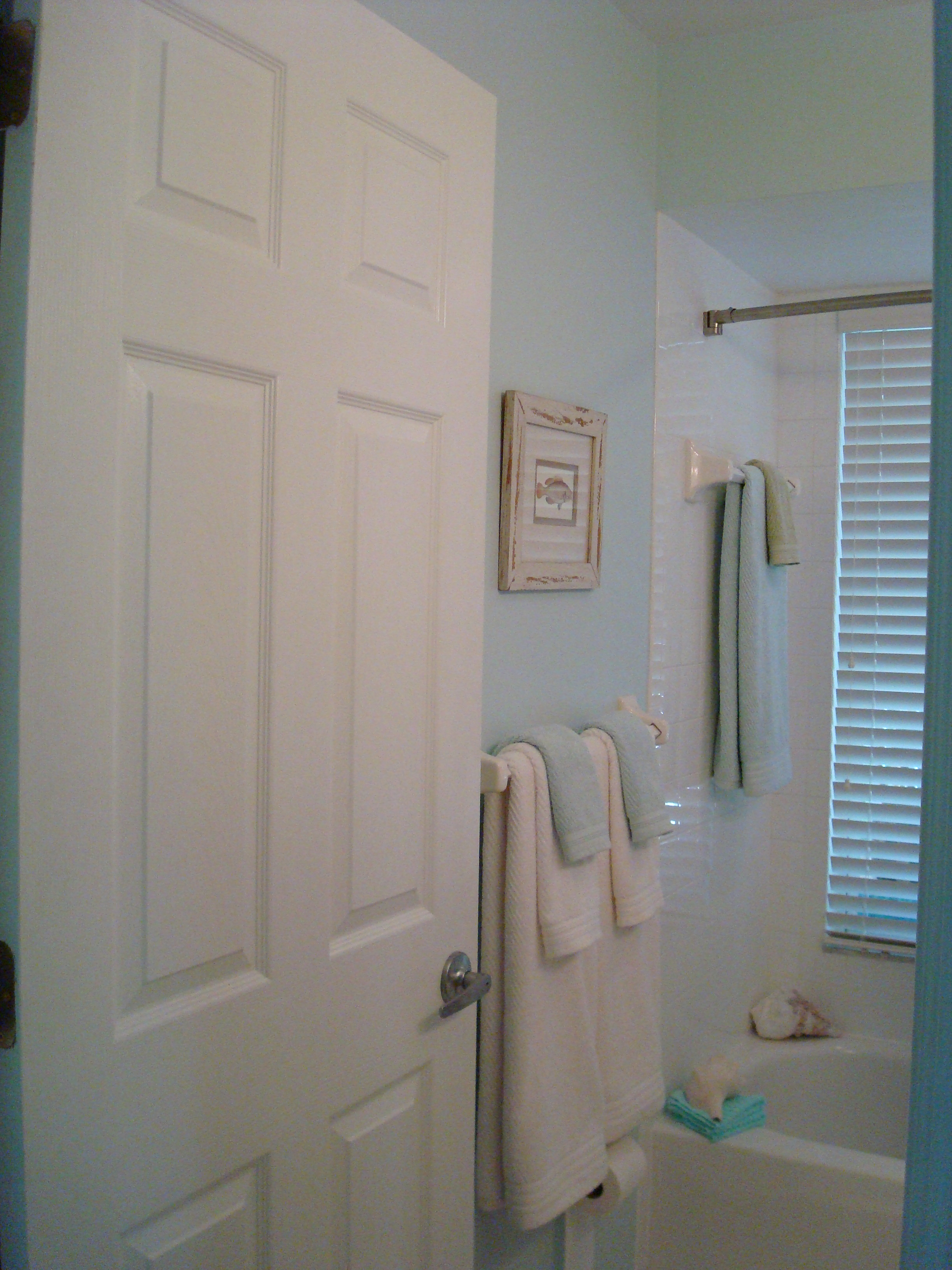 small-bathroom-spectacular-spaces-florida-redesign-after-02.jpg