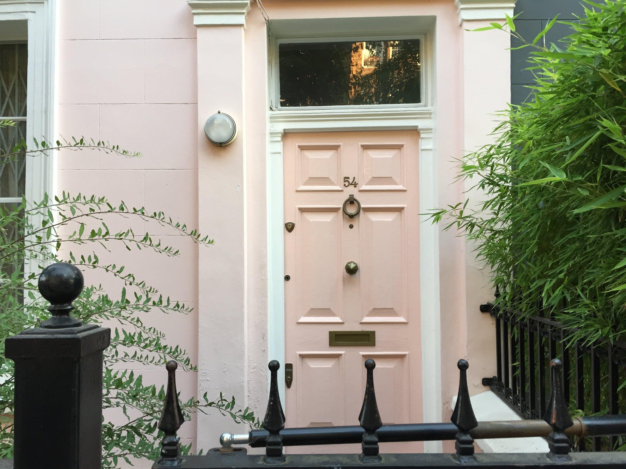 london-door-nottinghill-pink-door-pink-house