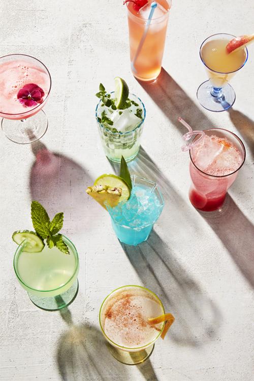 Lots_of_Drinks_web.jpg