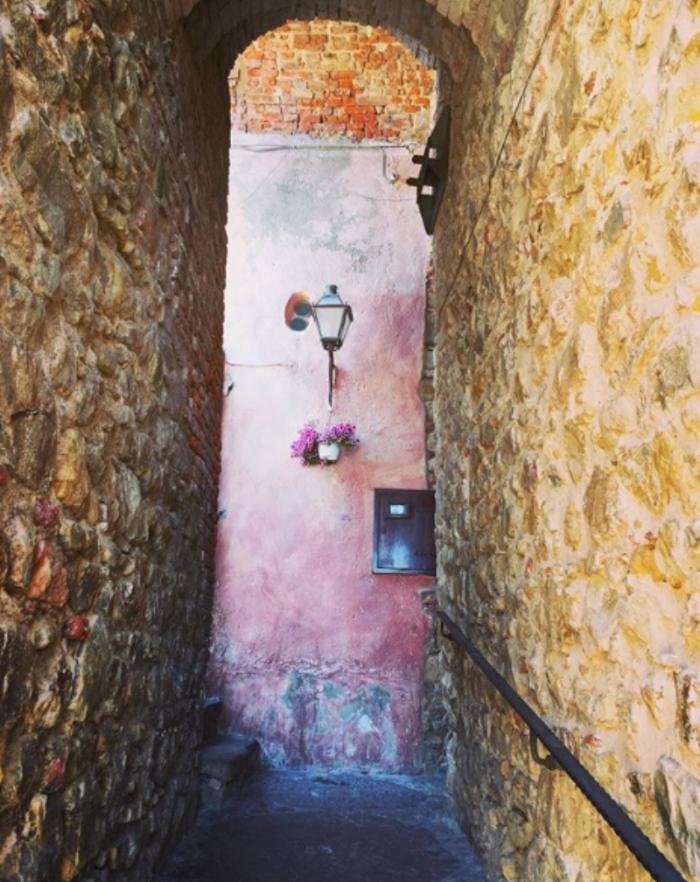 part walkway part portal, Polina, Sicila, IT.