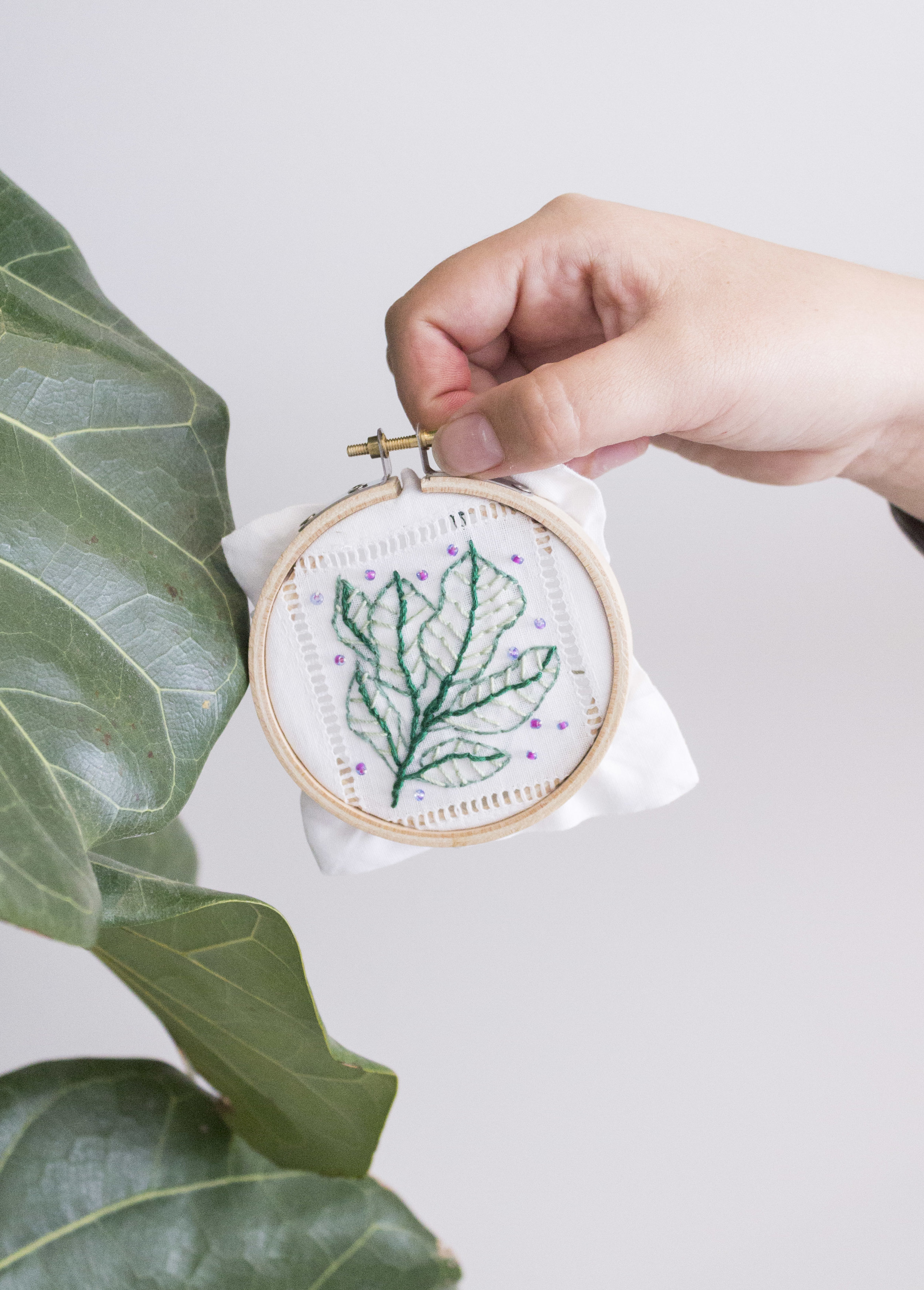 mm_embroidery_leave.jpg