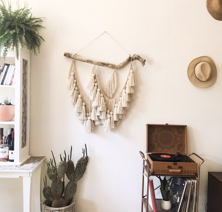 Join Danielle for her Driftwood Wall Hanging Workshop at Makers Mess! - Saturday 9.15 | 1-3p