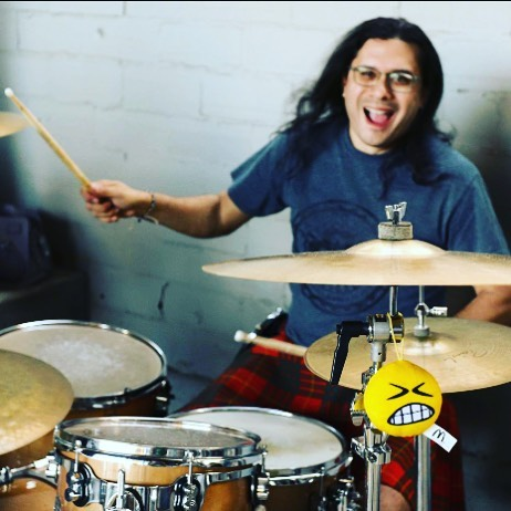 Are you this happy it's the weekend??? You should be!! #happydrummers #weekendvibes #fridayyall #miggy