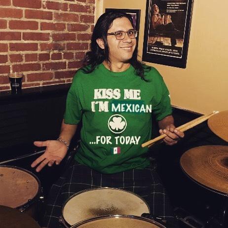#cincodemayo #irishonhold #mexicandrummers