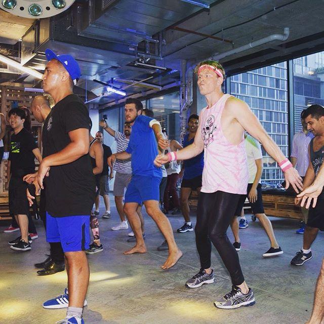 Shake it out, tomorrow is Monday 😁  #yoga #yogini #yogaclass #yogaeveryday #yogalife #meditation #iloveyoga #fitness #yogateacher #mindfulness #iloveyoga #strong #yogaeverydamnday #yogachallenge #mindfulnessmeditation #sensorymeditation #charteredaccountant  #meditationmonday #mondaymind #mondaymindset #mondayminds #surpriseyoga #fitnessaddict #fitnessmotivation #fit #sydney #healthyliving #healthylifestyle  #corporateyoga #corporatemeditation #monday