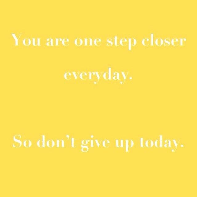 Don't give up on your goals! 💛  #yoga #yogini #yogaclass #yogaeveryday #yogalife #meditation #iloveyoga #fitness #yogateacher #mindfulness #iloveyoga #strong #yogaeverydamnday #yogachallenge #mindfulnessmeditation #sensorymeditation #charteredaccountant  #meditationmonday #mondaymind #mondaymindset #mondayminds #surpriseyoga #fitnessaddict #fitnessmotivation #fit #sydney #healthyliving #healthylifestyle  #corporateyoga #corporatemeditation